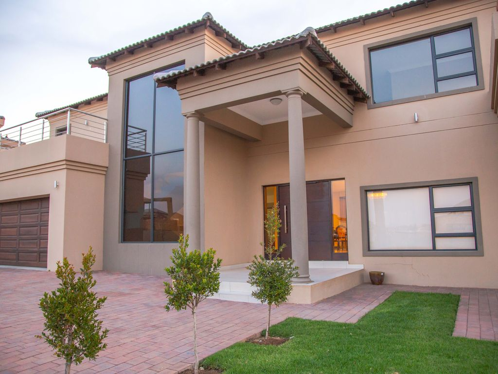 Holiday Home In A Golf Estate Centurion