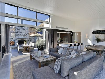 Photo for Luxury Arrowtown Opulence