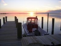 Incredible location; great cabin-- perfect for water sports and enjoying the Chesapeake Bay..
