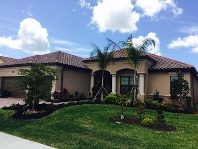 Phenomenal Constructed In 2016 2400 Sqft 3 4 Bedroom House For Rent Resort Style Comunit Gran Paradiso Complete Home Design Collection Epsylindsey Bellcom