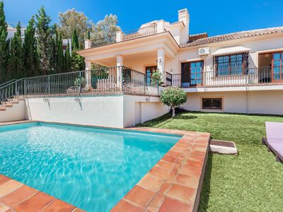 Photo for Charming villa with stunning views in Marbella
