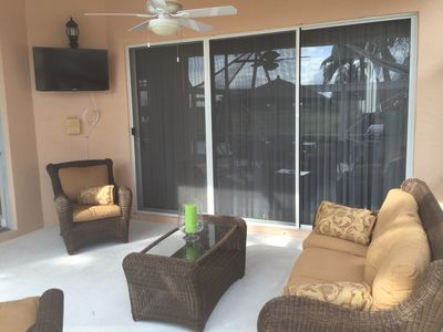 Patio area w/flat screen tv