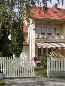 Holiday house 150 m from the shore with a garden in a quiet location
