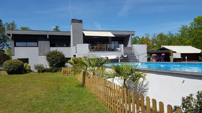 Photo for Architect house 200m2 close to Bordeaux, ocean beaches and basin