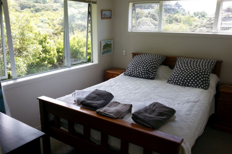 Onetangi Magic - contemporary home close to beach