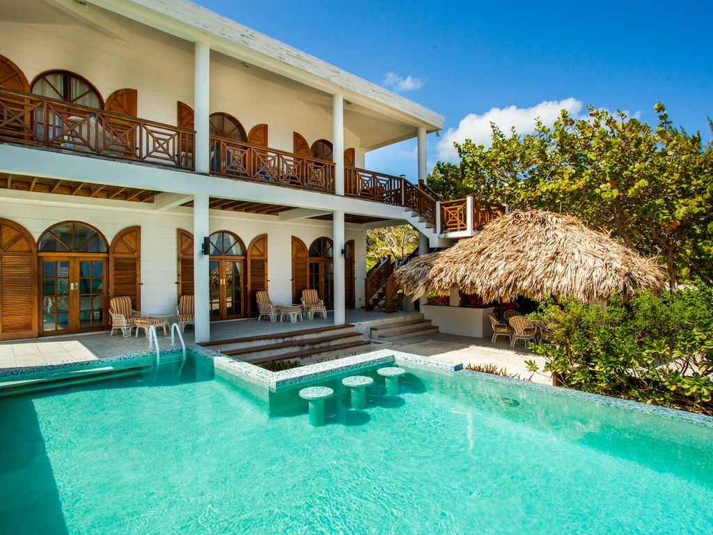 5 bedroom luxurious beach house with pool wonderful for 5 bedroom house with pool