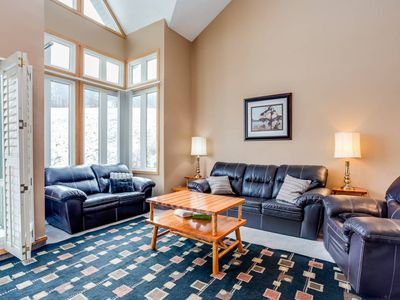 Photo for Blue Mountain, 2BR, Slopeside-Chateau Ridge