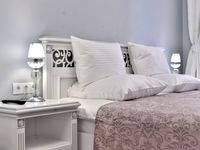 I enjoyed being at her place, it was clean and a very nice, modern apartment.  The hostess was