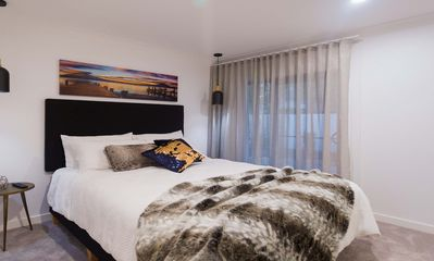 Photo for Superior City View Double Room in Surfers Paradise - Lamour House