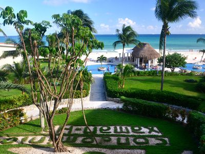 Photo for Beautiful beachfront condo with incredible ocean and Cozumel views