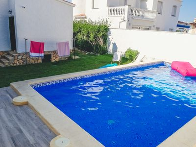 Photo for Nice Catalan villa with pool