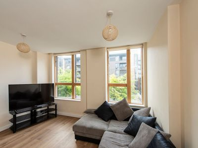 Photo for Amazing Central 2 Bed Flat - Northern Quarter