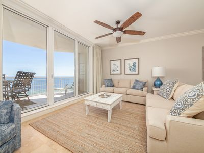 Photo for Comfortable beachfront unit, Breathtaking views, Quick walk to dining
