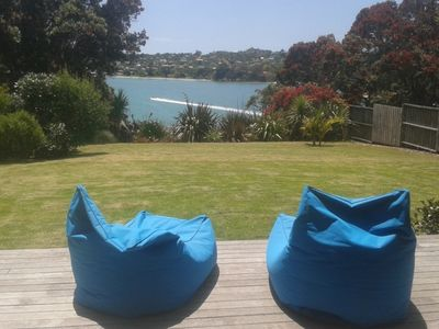Photo for Beautiful clifftop home Picnic Bay Waiheke Island