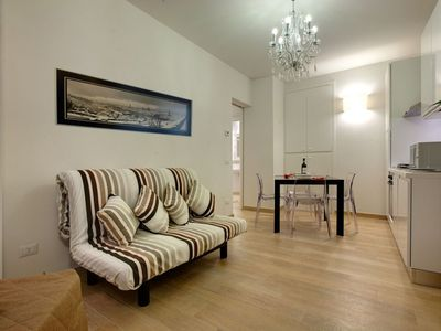 Photo for Al Bargello I apartment in Santa Croce with WiFi & air conditioning.