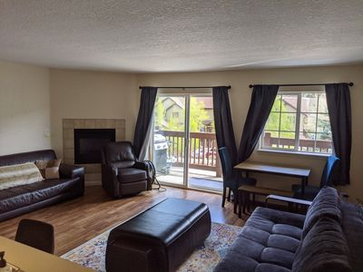 Photo for 2 bed/2 bath. Easy access to ski. Easy access to restaurants.
