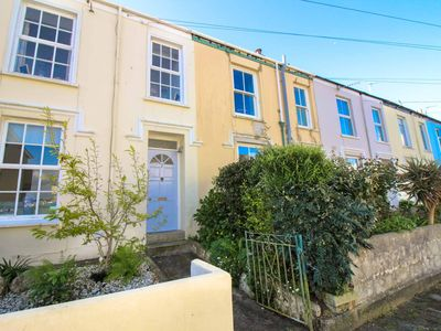 Photo for Beautifully refurbished terraced house central Falmouth