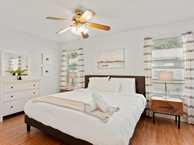 Photo for Quiet, Walkable to Barton Springs/Zilker Park with Backyard