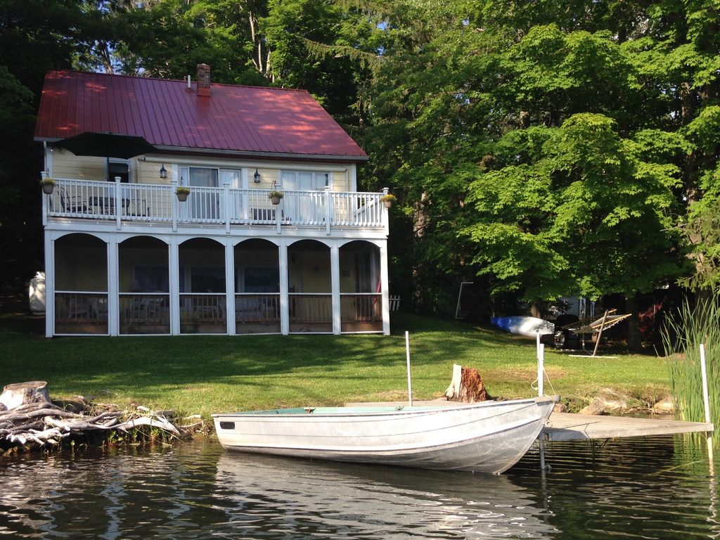 Beautiful lakeside home in the north adams williamstown for Lakeside home