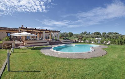 Photo for 5 bedroom accommodation in Capodimonte (VT)