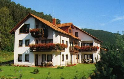 Photo for Comfortable apartment (number 1, ground floor) in a quiet holiday home, nature park Palatinate Forest