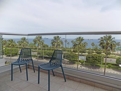 Photo for 3b Seafront Retro Apartment - Olympic Beach