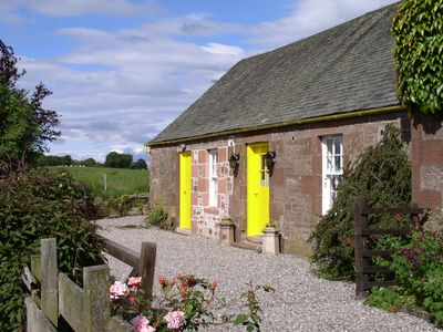 Photo for Ballat Smithy Cottage, ideally located for Loch Lomond & Trossachs