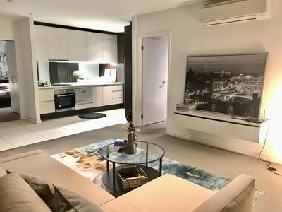 Photo for Spacious 3 Bedrooms 2 Baths High-rise in the heart of CBD