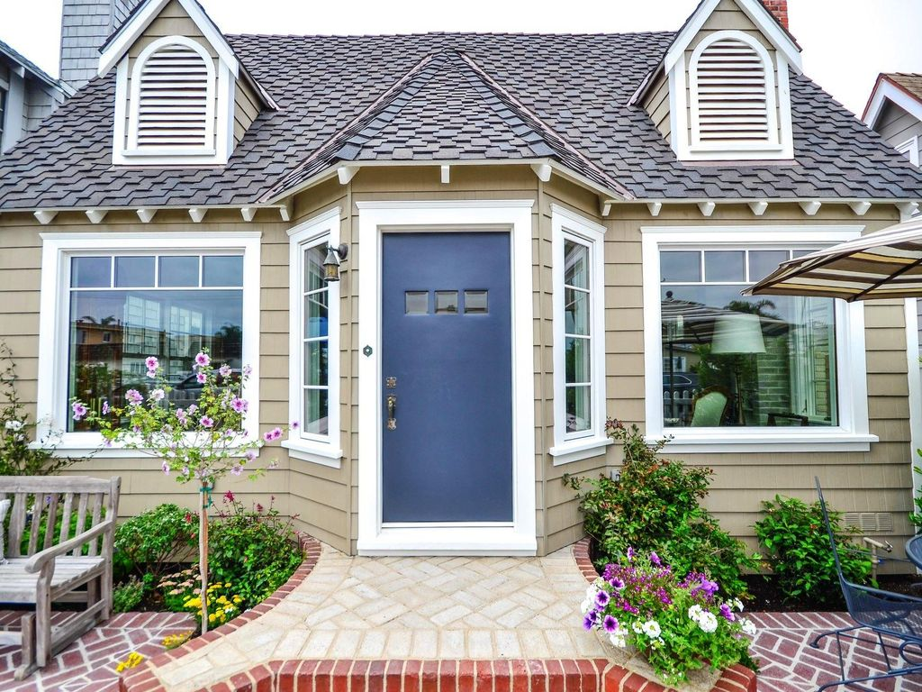 Betty 39 s beach cottage historical boutique getaway a must for Boutique getaways