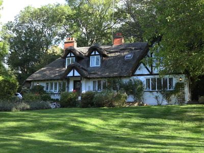 Photo for Pretty Thatched Cottage in Quintessential Cookham Dean Village Berkshire