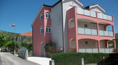 Photo for Holiday apartment with barbecue and Internet