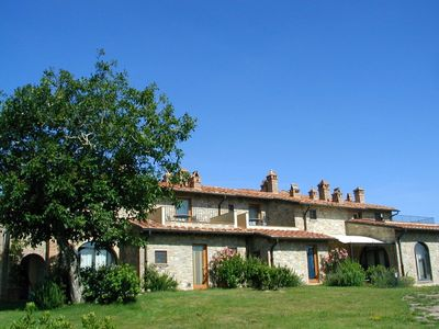 Photo for Apartment in villa with WIFI, pool, TV, terrace, panoramic view, parking, close to San Gimignano