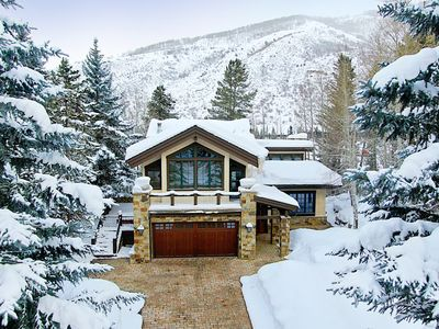 Photo for Vail Golf Course, Hot Tub, Pool Table, Wood Burning Fireplace, Shuttle Route