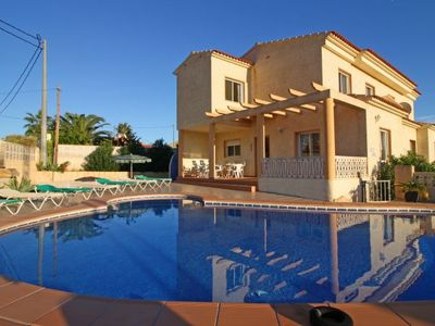 Photo for 4 bedroom Villa, sleeps 9 with Pool, Air Con and WiFi