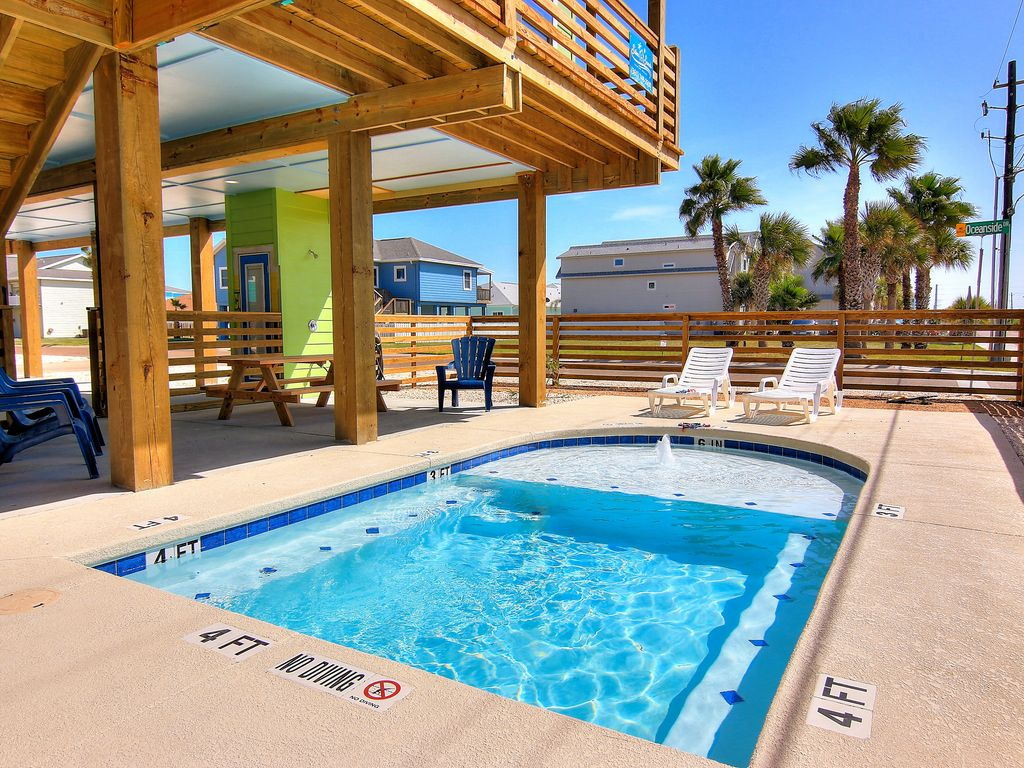 Port Aransas Beach House Private Pool