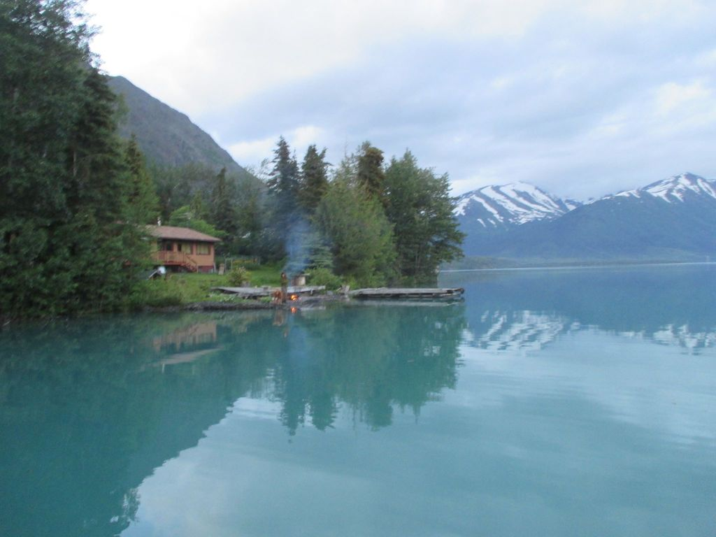 Kenai Lake Waterfront Short Walk To Restaurants And