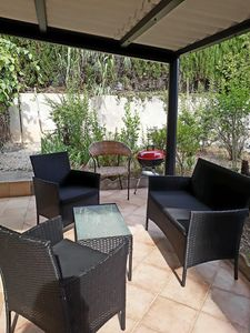 independent apartment 4 beds full foot garden in villa