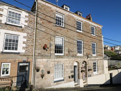 Photo for TREGONEY HOUSE, pet friendly in Mevagissey, Ref 970399