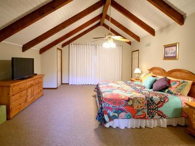 Photo for Villa 9@Bailey Bluff*Next to Cypress Bend Resort*Golfing*Fishing*Just relaxing