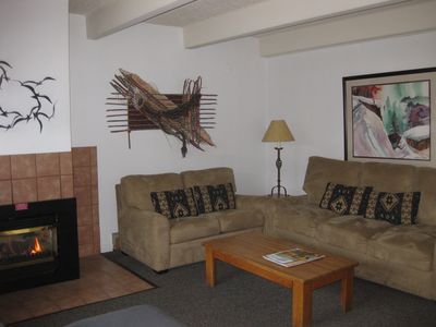 Vantage Point 309, Vail living room with gas fireplace, queen sleeper sofa