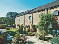 We have just returned from an amazing stay in Edale! We had a huge family reunion and so we booked K