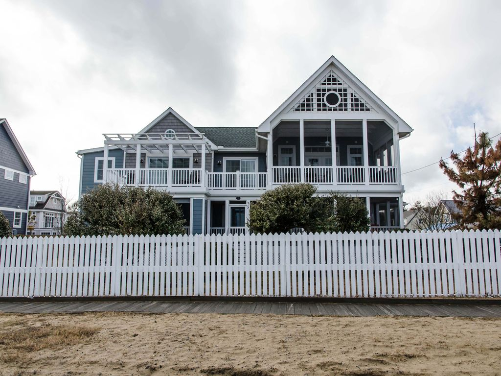 The Pines House Al 38 Surf Ocean Front Cottage Section To Right Preserved