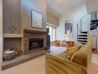 Photo for Centrally located condo near shops, restaurants, skiing, and more!