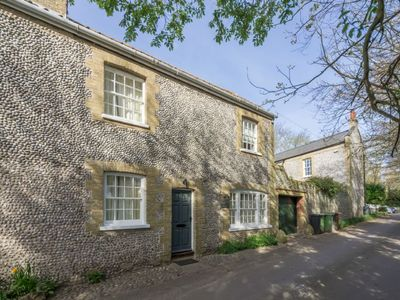 Photo for A charming, beautifully renovated flint cottage