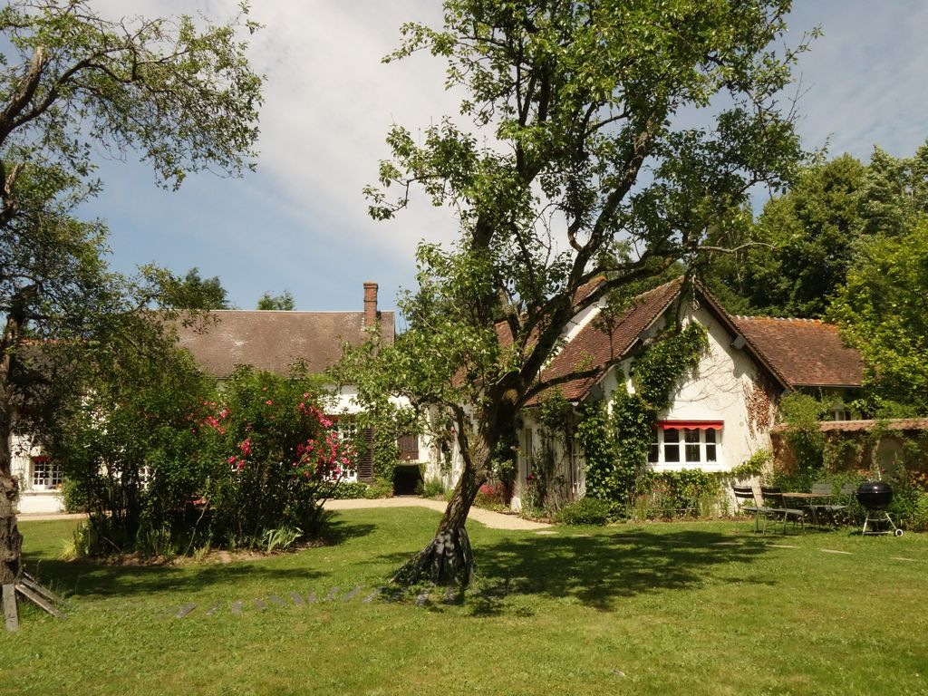 Gîte, swimming pool, barbecue, countryside, less than 1h from Paris!