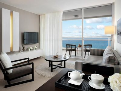 Photo for Luxury Spacious Suite with Pool