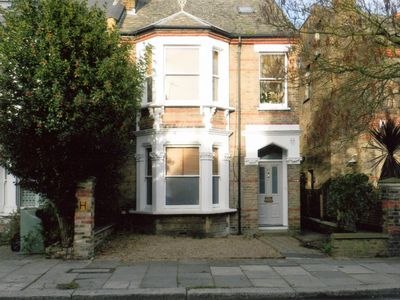 Photo for Chiswick, London,W4, 2 Bedroom Garden Flat.