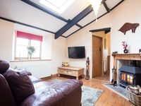 Lovely little property, well furnished and clean - Bude as lovely as ever.