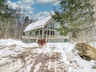 Photo for Lovely dog-friendly home with cozy fireplace, Ping-Pong table, forest views
