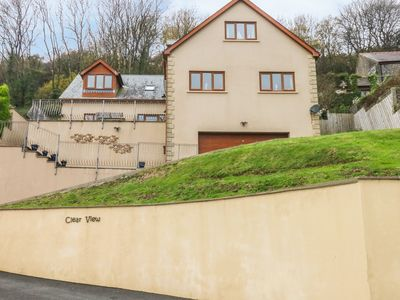 Photo for CLEAR VIEW, family friendly, with a garden in Pendine, Ref 997364